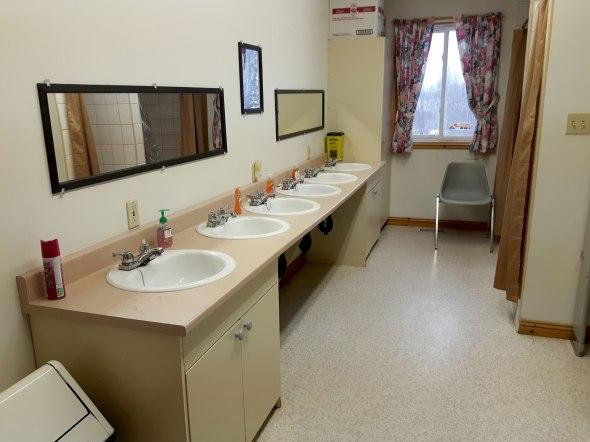 caritou-bathroom-1